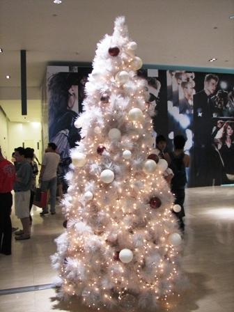 Los colores de la navidad navidad - Arboles de navidad blanco decoracion ...