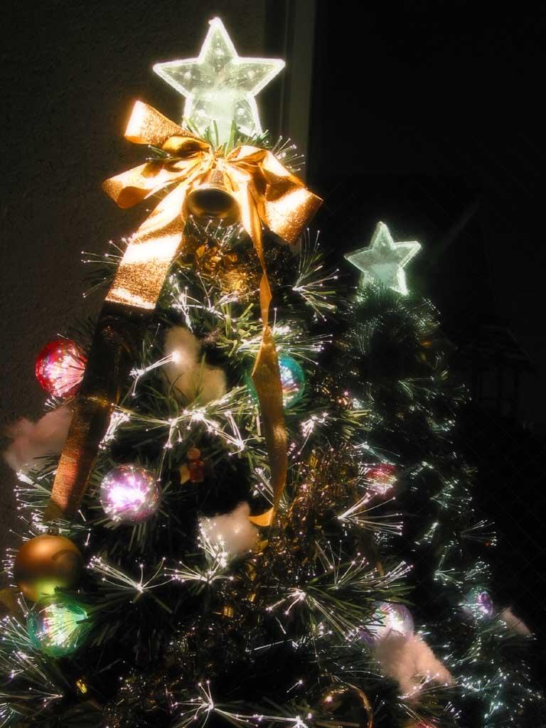 Como Decorar Una Estrella De Navidad Para Ninos.Por Que Ponemos Arbol De Navidad Navidad Tu Revista Navidena