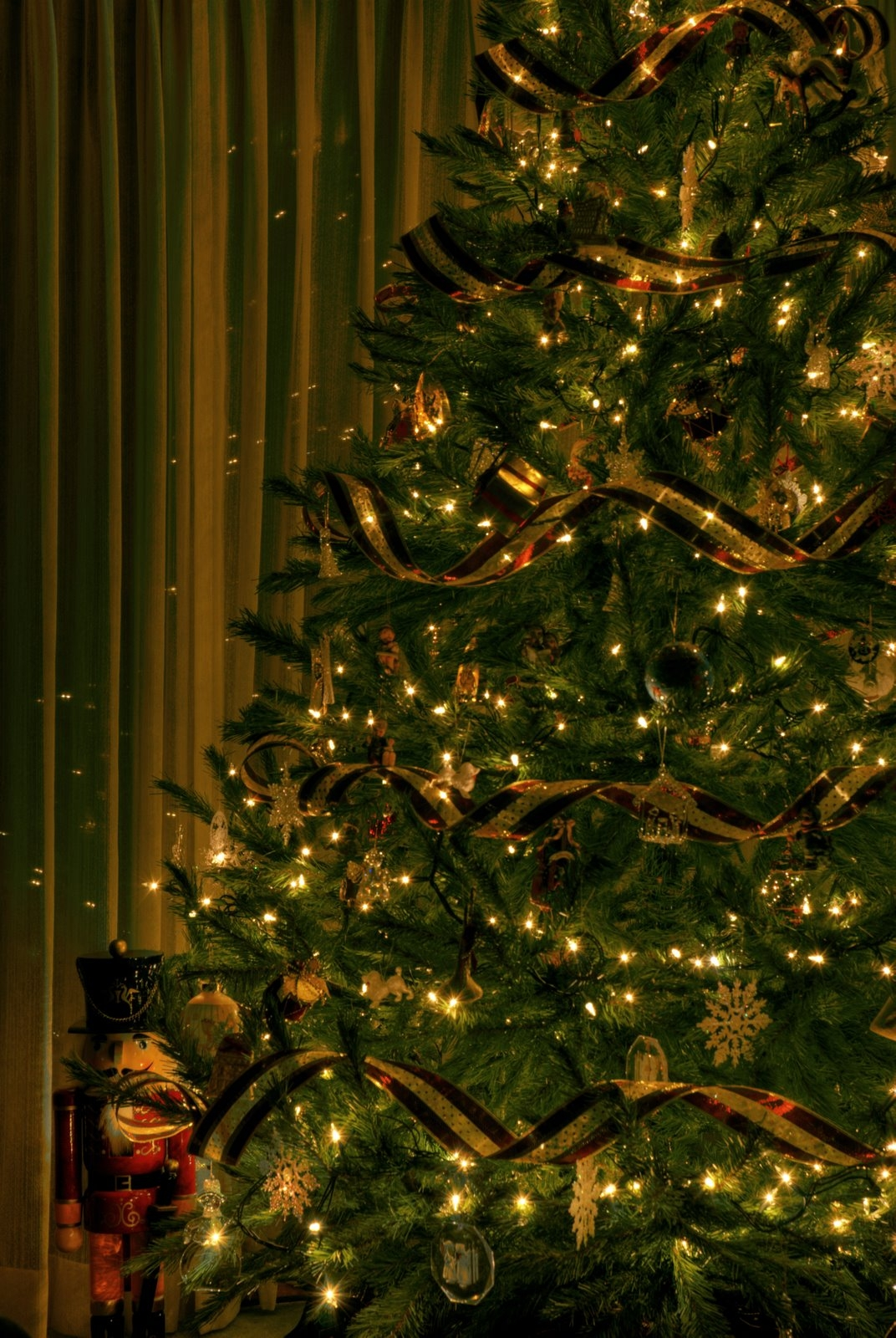 Los colores de la navidad navidad - Arbol de navidad dorado ...