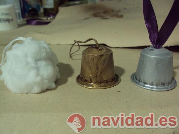 Adonos navideños hechos con cápsulas de Nespresso 9