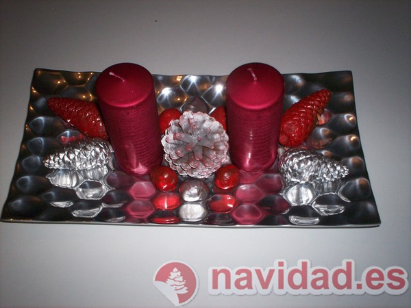 Bandeja alargada en rojo y plata para esta Navidad
