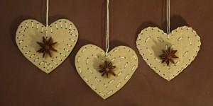 corazones de carton