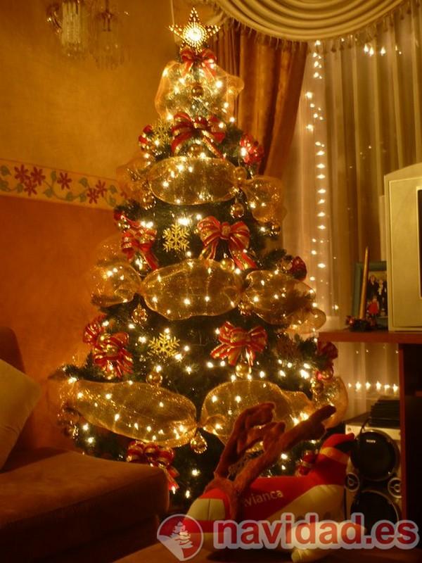 Pinos de navidad decorados de mickey mouse