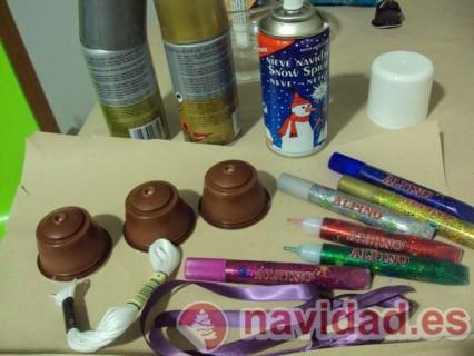 Adornos navideños reciclando cápsulas Dolce Gusto 10