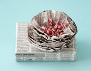 regalos envuelto con periódico