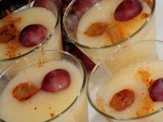 Uvas salteadas con mousse de yogur 3