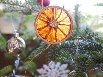 Adornos Ecológicos para tu Árbol de Navidad 3