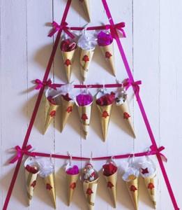 árbol de navidad con cintas