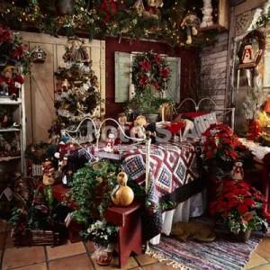 Dormitorio decorado de Navidad