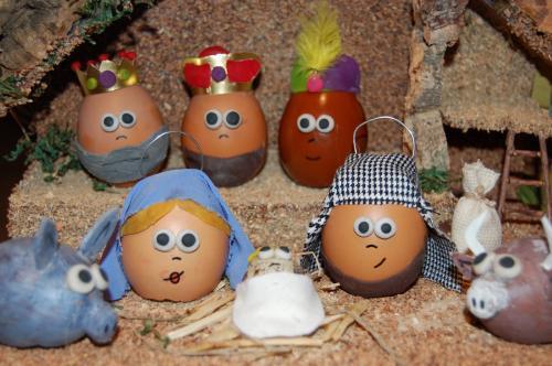 Portal de belén de huevos