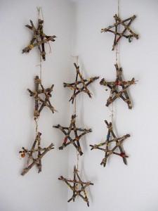 Estrellas de ramas secas para decorar en Navidad