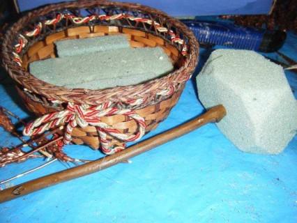 segundo paso meter esponja dentro cesta