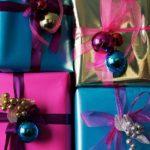decorar_regalos_con_esferitas-1