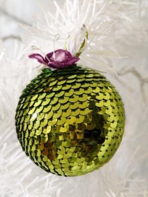 Esfera Navidad con cinta lentejuelas