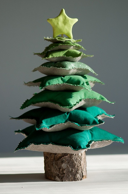decorar arbol navideño de tela