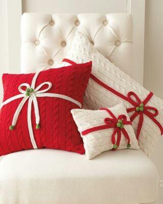 Decoración navideña con cojines reciclados - Navidad