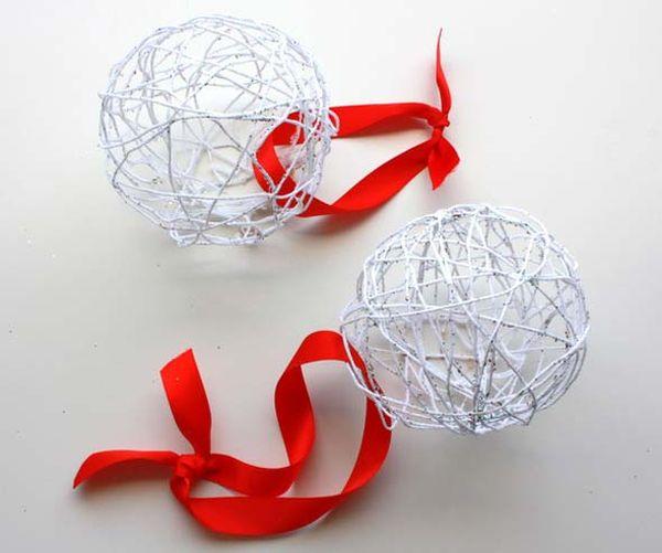bolas de navidad con globos