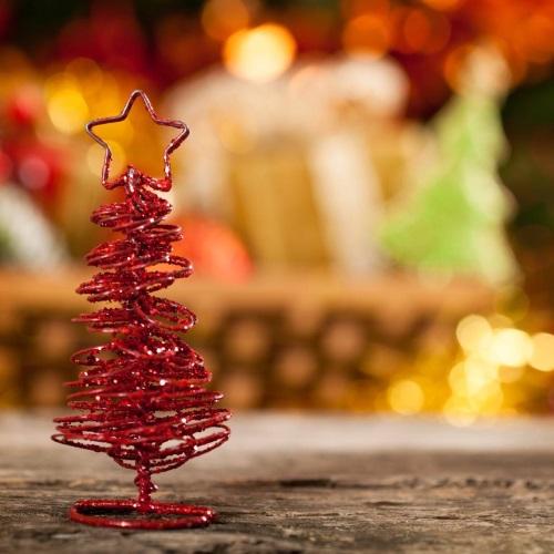 árbol navideño con alambre