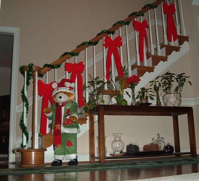 Aprende Trucos Para Decorar Escaleras En Navidad - Como-decorar-mi-casa-para-navidad