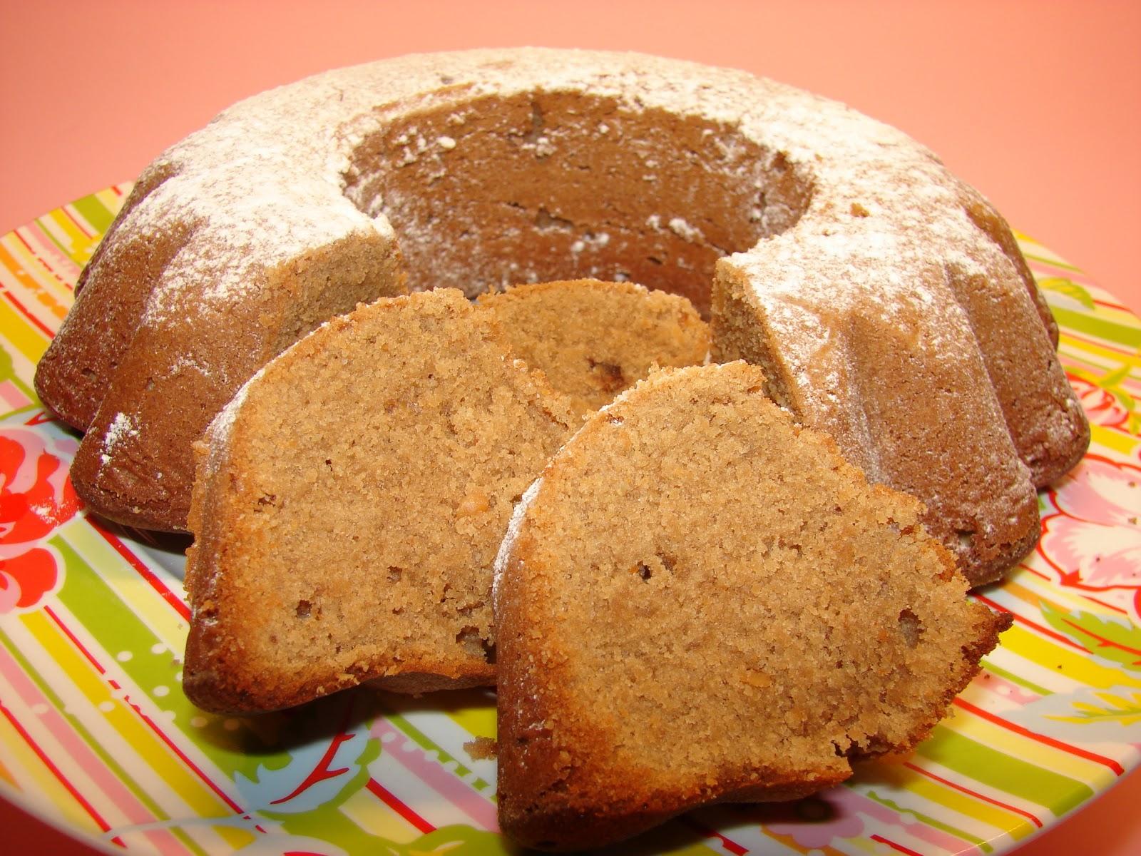 bundt cake turrón