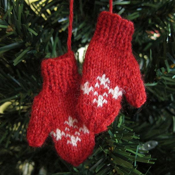 Ideas para decorar en Navidad manoplas de lana