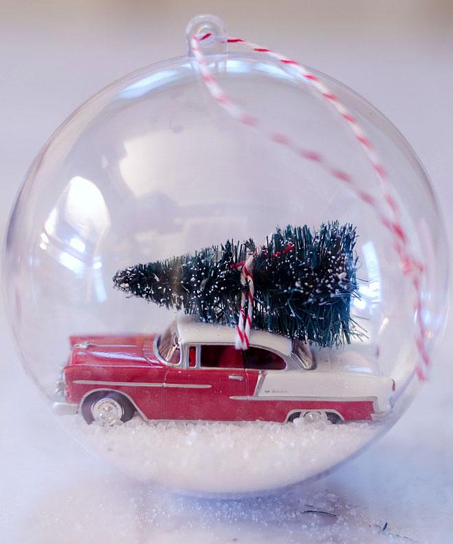decorar con bolas de Navidad bola vintage cerrada