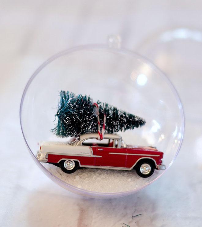 decorar con bolas de Navidad bola vintage nieve