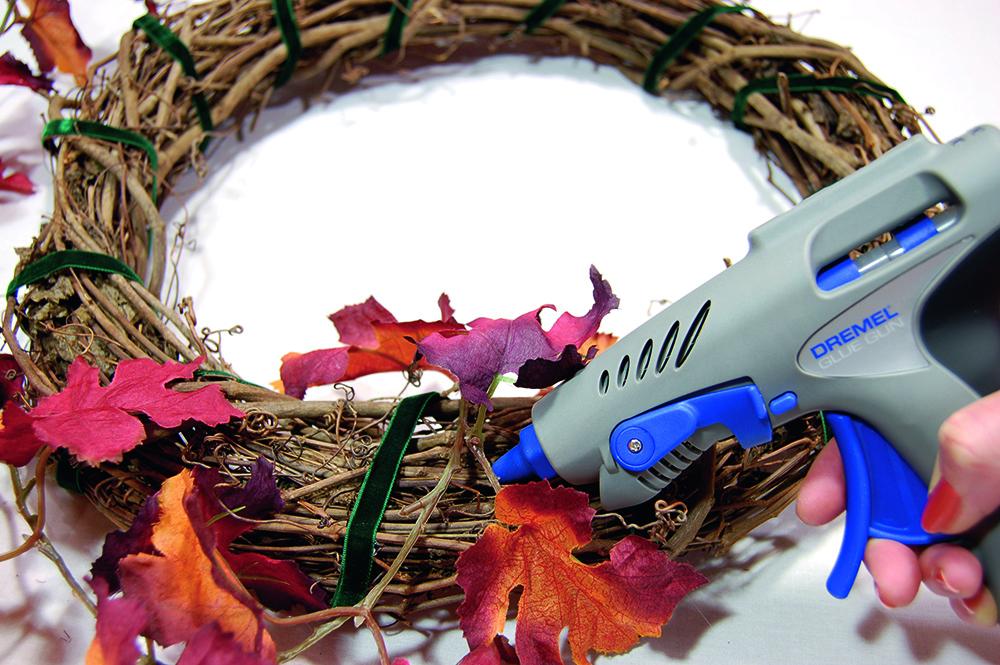coronas de Navidad corona hojas paso 2