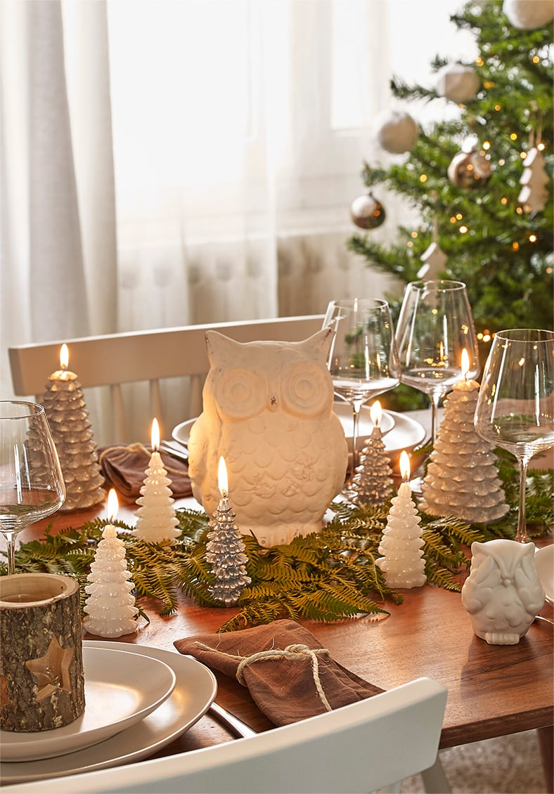 Navidad de estilo nórdico mesa naturaleza maisons