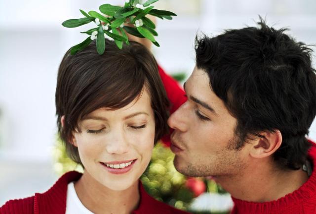 muérdago de Navidad - beso
