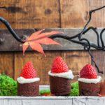 postres de Navidad - Brownies con Gorritos de Santa Claus