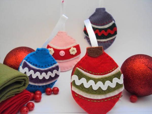 adornos navideños en fieltro - bolas