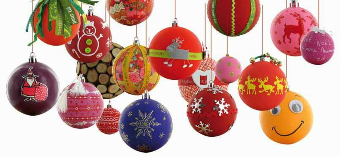 bolas de Navidad de poliespan en varios colores
