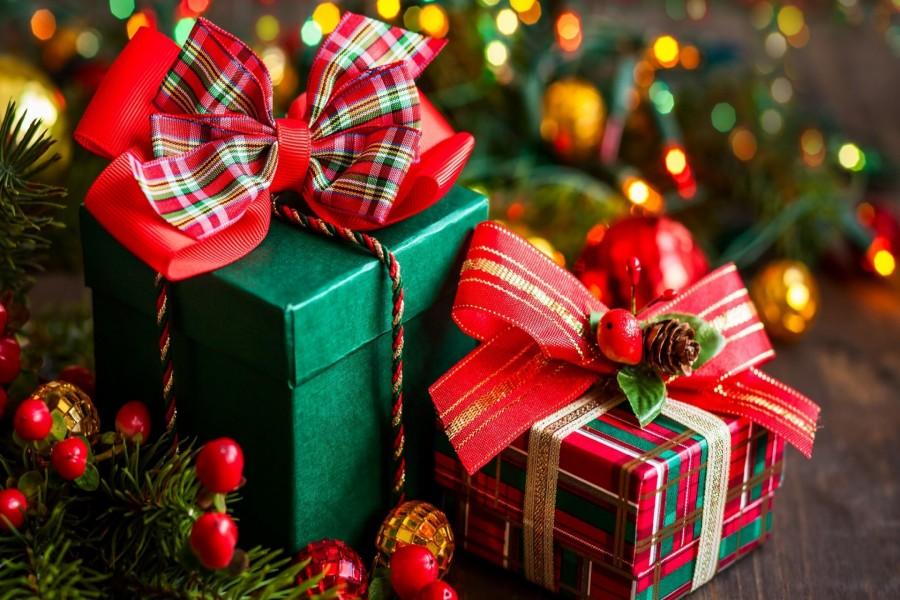 7 trucos que te ayudarán a envolver los regalos esta Navidad de forma única 2