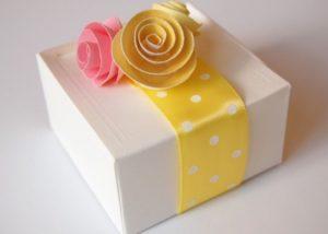 8-originales-lazos-para-envolver-regalos-rosas