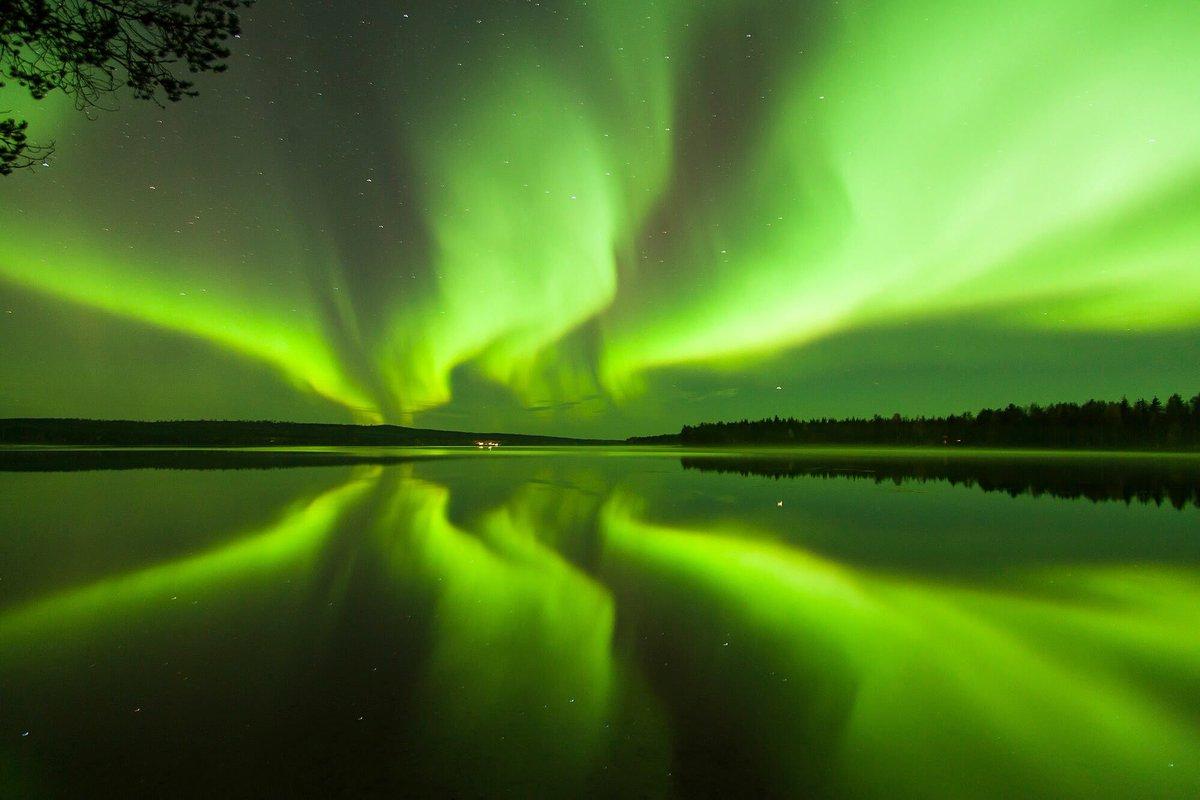 ciudad de Papá Noel - aurora boreal