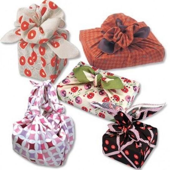 envolver-regalos-con-material-reciclado-6