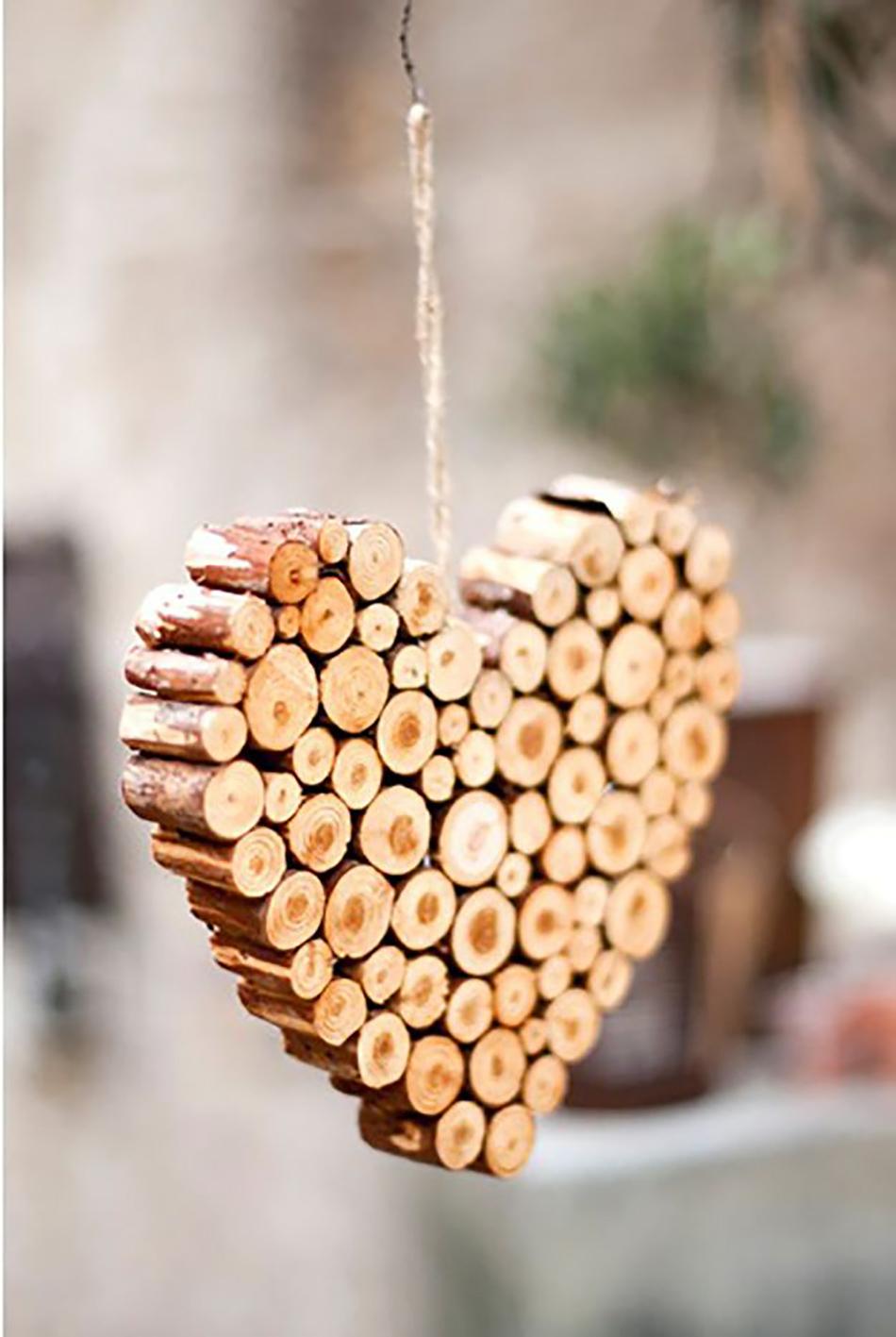 adornos de navidad caseros - Figuras con ramas recortadas