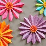 flores de Navidad de papel - triangulares