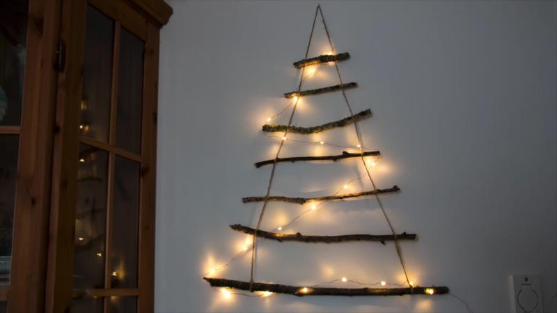 Original árbol de Navidad hecho con madera