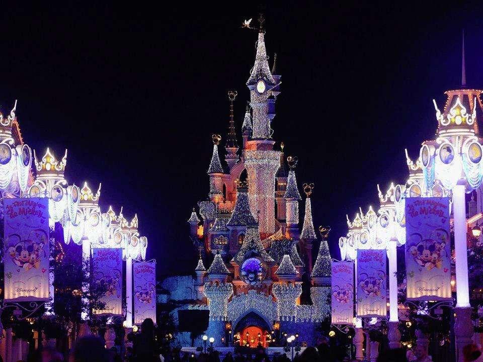 Viajar en Navidad - Disneyland París