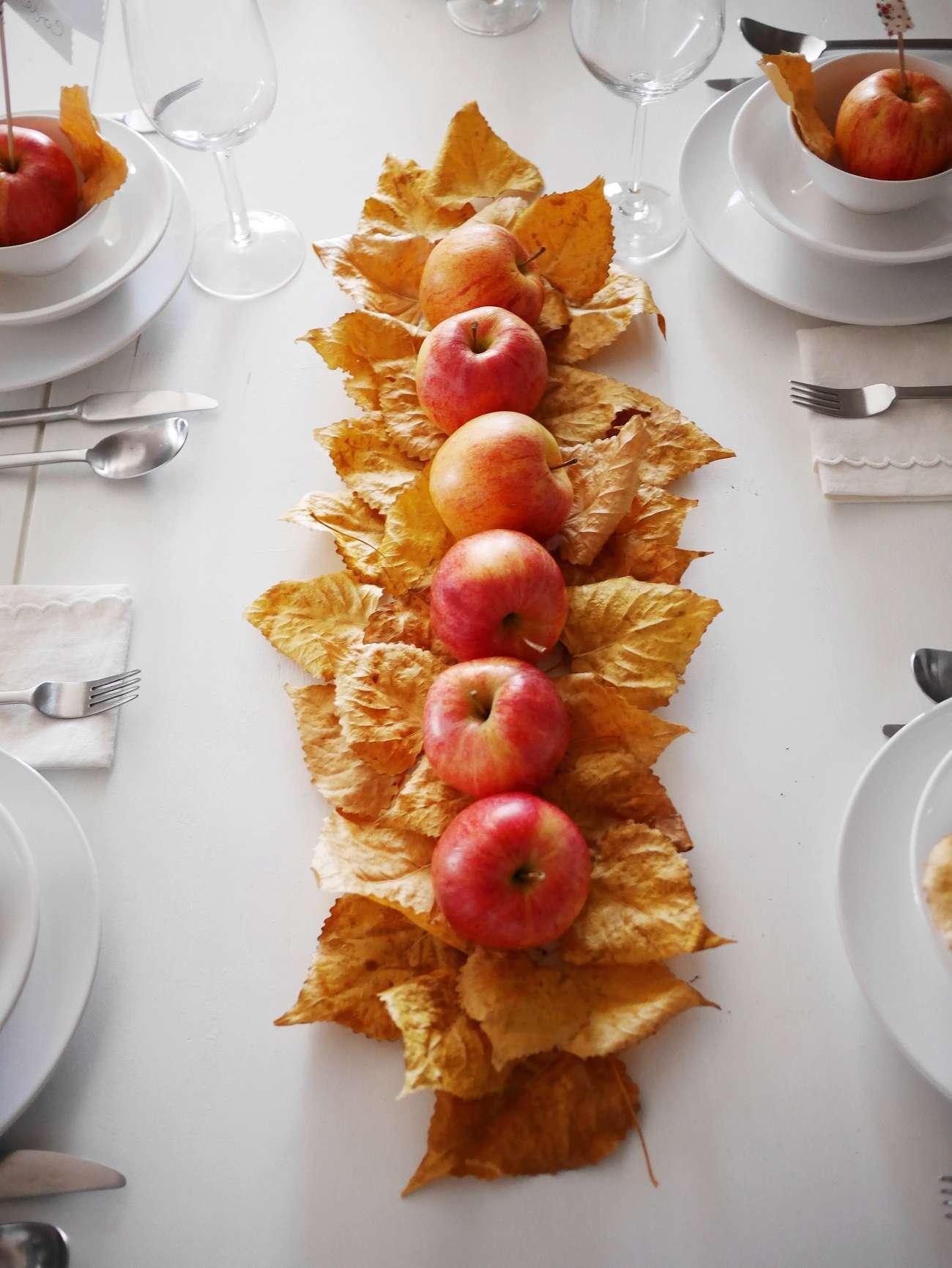 2 ideas para decorar en Navidad utilizando manzanas 1