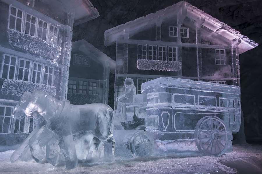 Conoce algunos de los edificios de hielo más sorprendentes del mundo 2