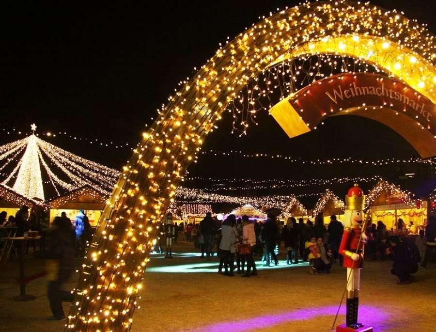 Conoce algunos de los mercadillos navideños más espectaculares del mundo 10