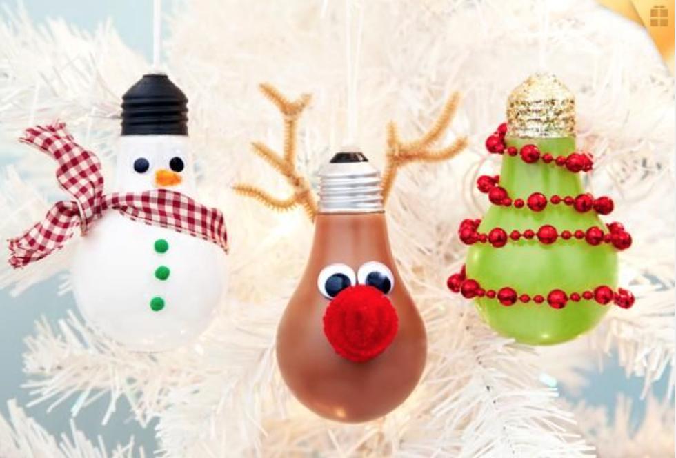 adornos de Navidad con tapones
