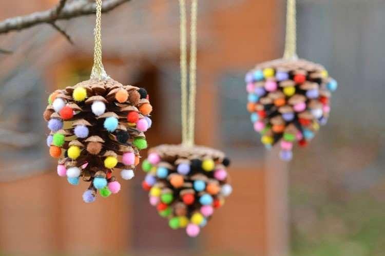 adornos de Navidad con pompones
