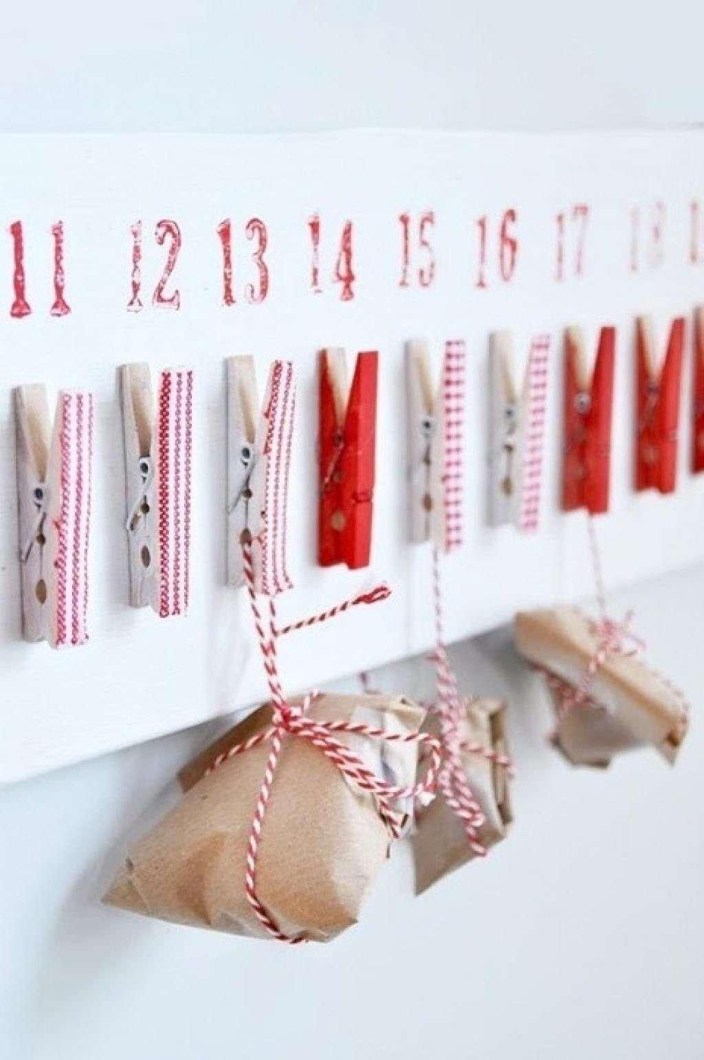 Calendario de Adviento con pinzas