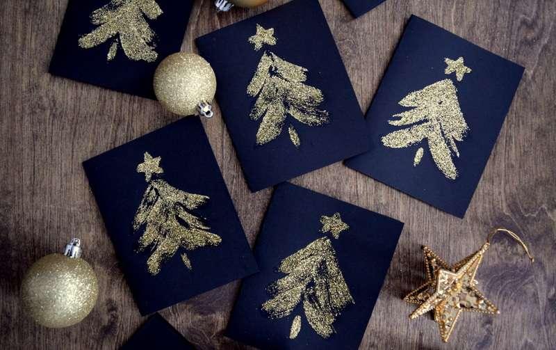 Felicitaciones de Navidad - árboles de purpurina