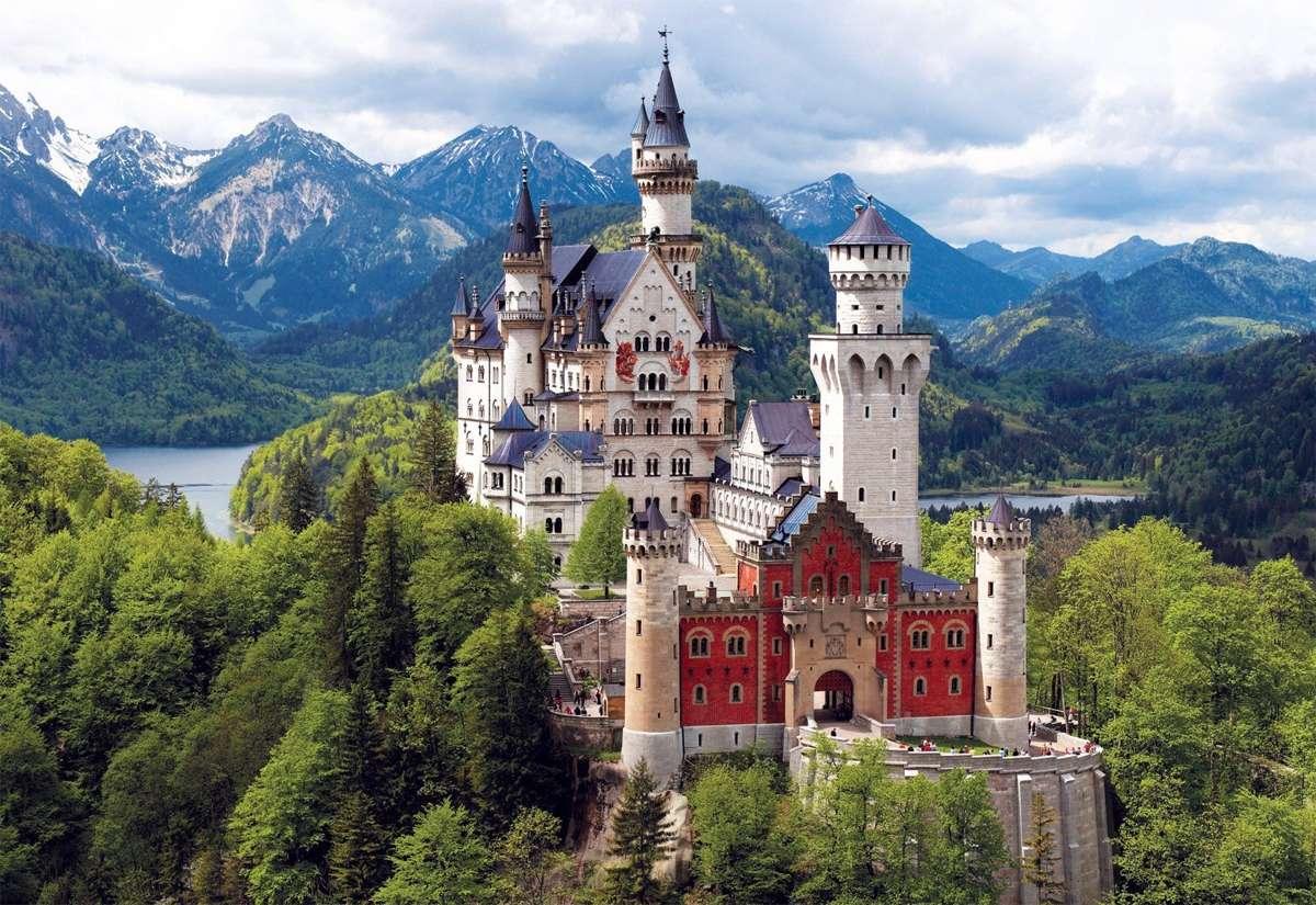Los castillos más impresionantes de Europa para visitar en Navidad 1