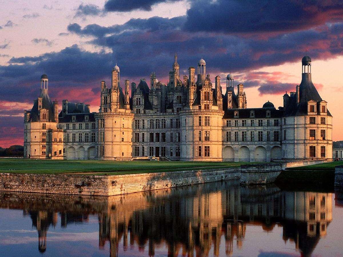 Los castillos más impresionantes de Europa para visitar en Navidad 4